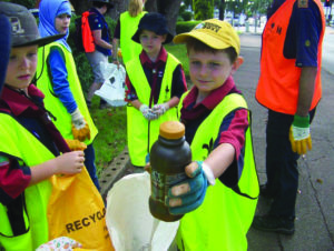 Scouts recycling